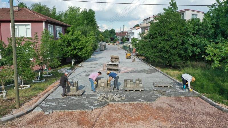 Başiskele'de iki sokak daha konforlu hale geliyor