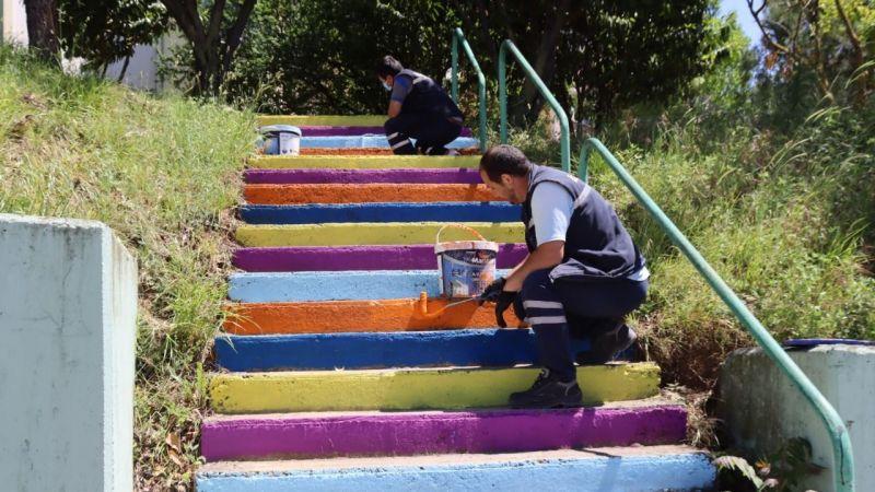 İzmit'te sokaklar rengârenk