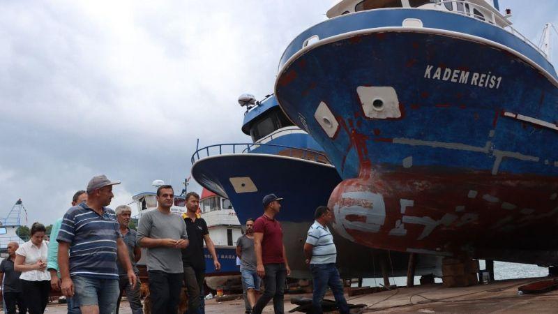 CHP Gemisi bu kez Kandıra'ya demir attı