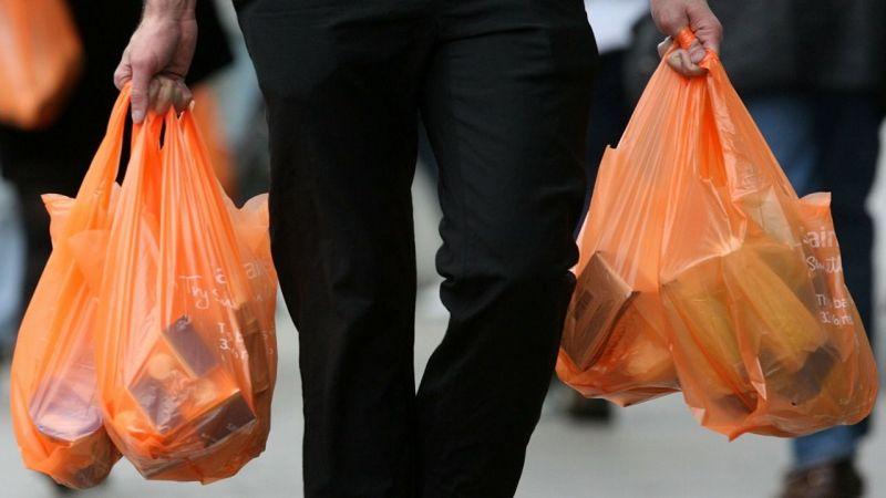 Plastik alışveriş poşetleri için yeni kurallar ve cezalar getirildi