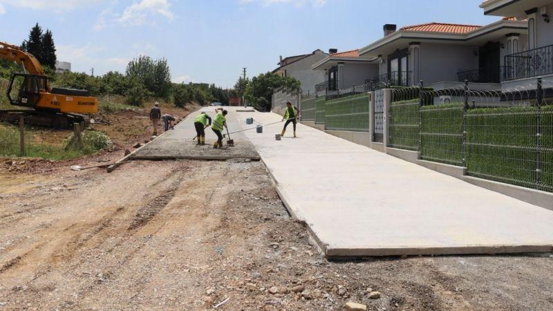 İzmit Belediyesinden Tüysüzler'e  yeni beton yol