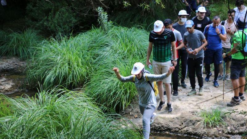 Gençler eğlenceyi doğada buldu