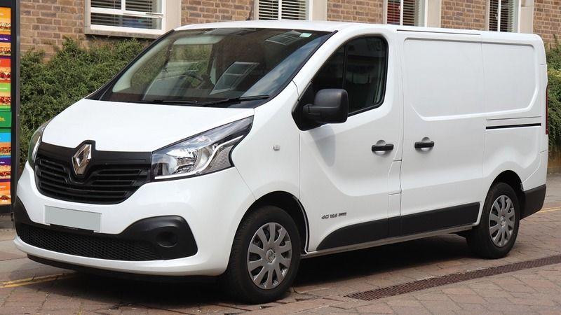İcradan satılık 2016 model Renault Traffic araç