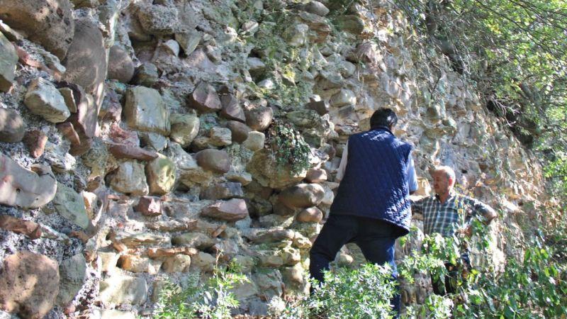 Gölcük'te 3 bin yıllık manastır kalıntıları turizme kazandırılmayı bekliyor