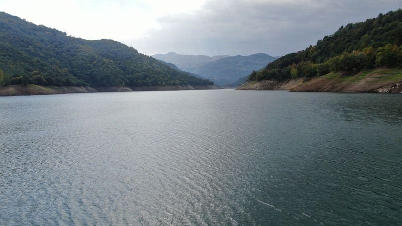 Barajda su seviyesi düşüyor