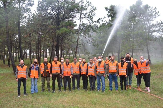 Orman yangınlarına karşı gönüllü ekip
