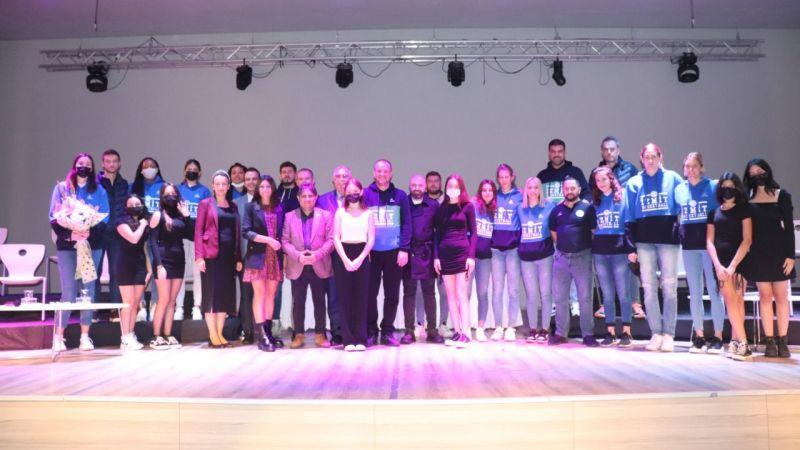 Periler, Bahçeşehir Koleji'ne renk kattı