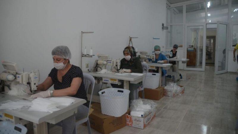 20 bini çocuklar için 350 bin maske üretildi