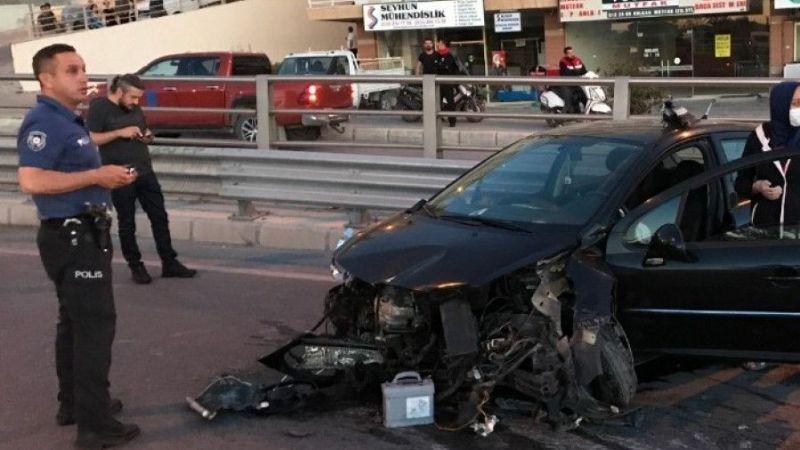 Kuşadası'nda polis memuru kaza yaptı