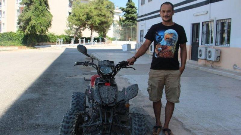 Çalınan motosikleti sahibine satmaya kalktılar