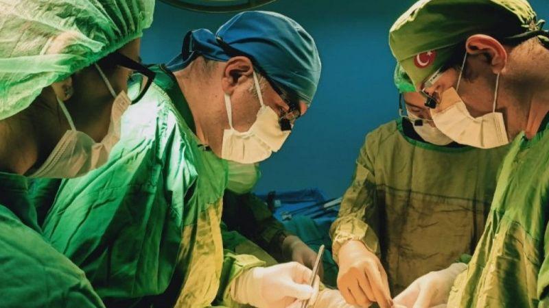 Beyin ölümü gerçekleşen hastanın organları üç kişiye umut oldu