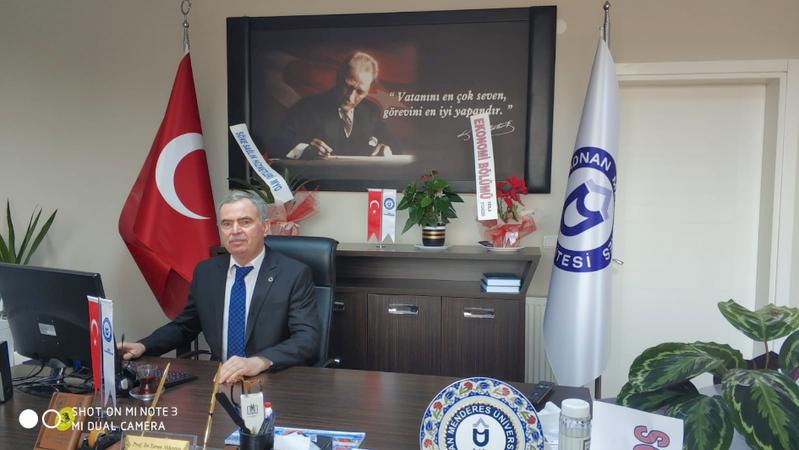 Dekan Prof. Dr. Turan Akkoyun Tevfik İleri'yi değerlendirdi