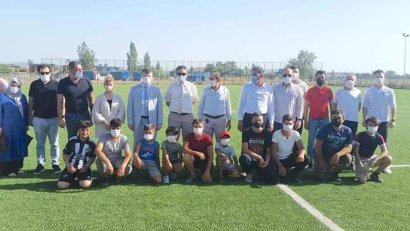 Sarıkemer sentetik futbol sahası tanıtımı yapıldı