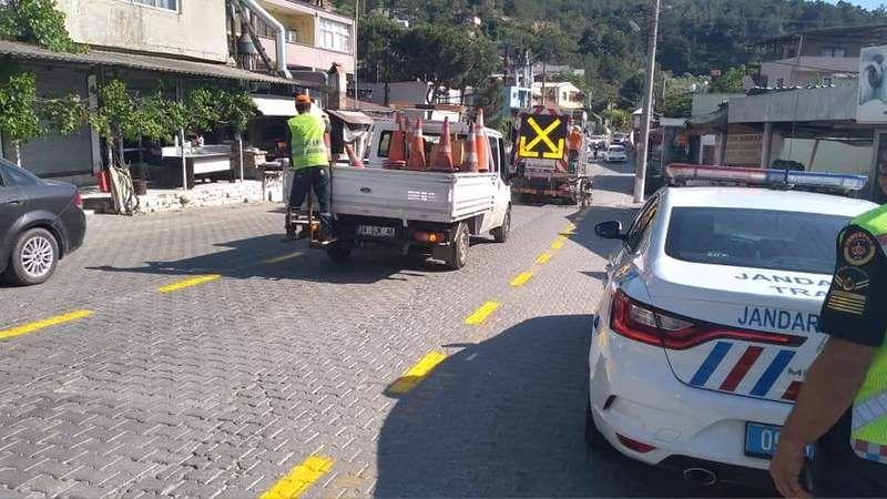 Ağaçlı Mahallesinde trafik işaretlemeleri yapıldı