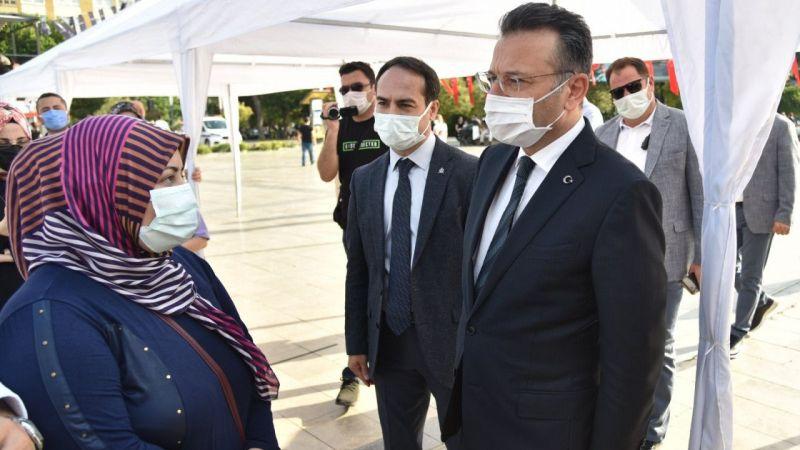 Mobil Aşı Tırı Aydın'da hizmete girdi