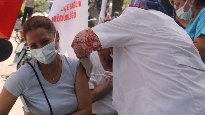 Söke Belediye meydanına aşı istasyonu kuruldu