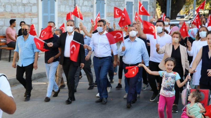30 Ağustos Bayrak yürüyüşü yapıldı