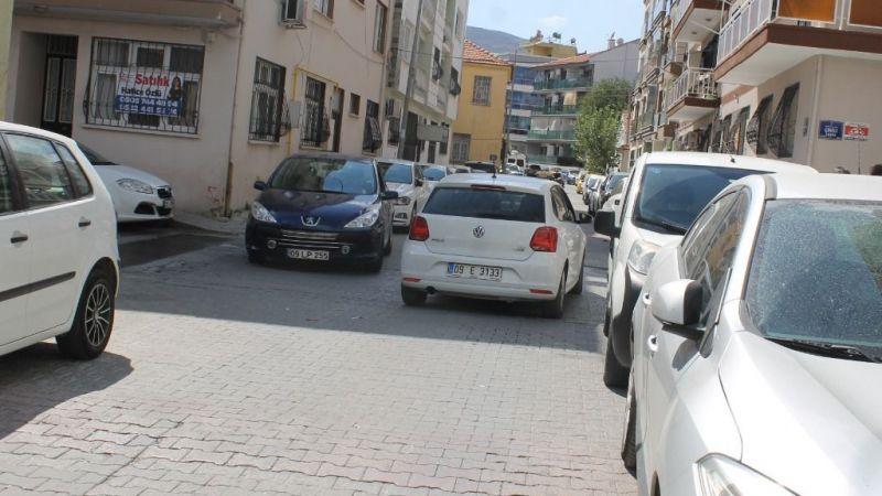 Namık Kemal Caddesi'nde trafik düzenlemesi isteniyor