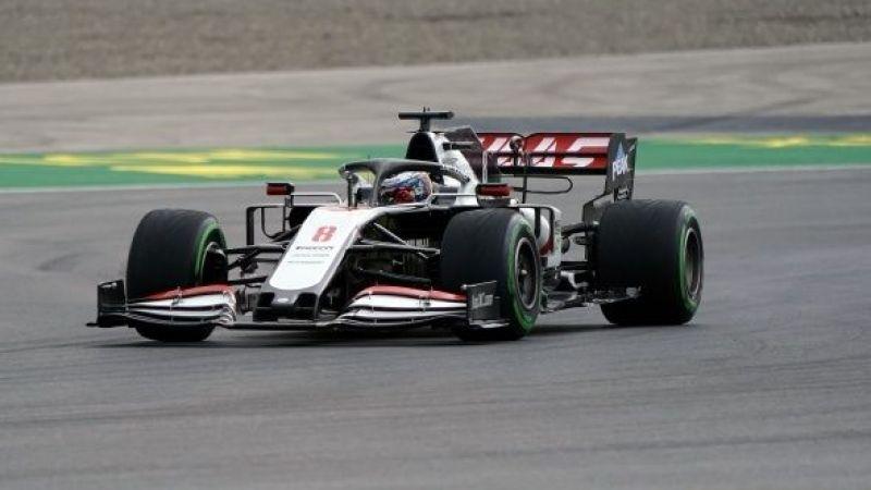 F1 pilotları İstanbul'daki zorlu yarış öncesi piste indi