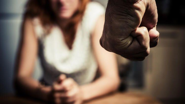 Karantina döneminde kadına şiddet vakaları arttı