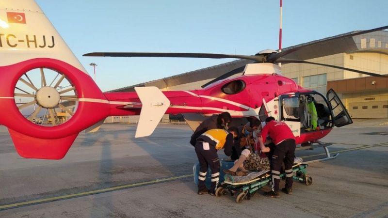 Van'da ambulans helikopter hastalar için havalandı