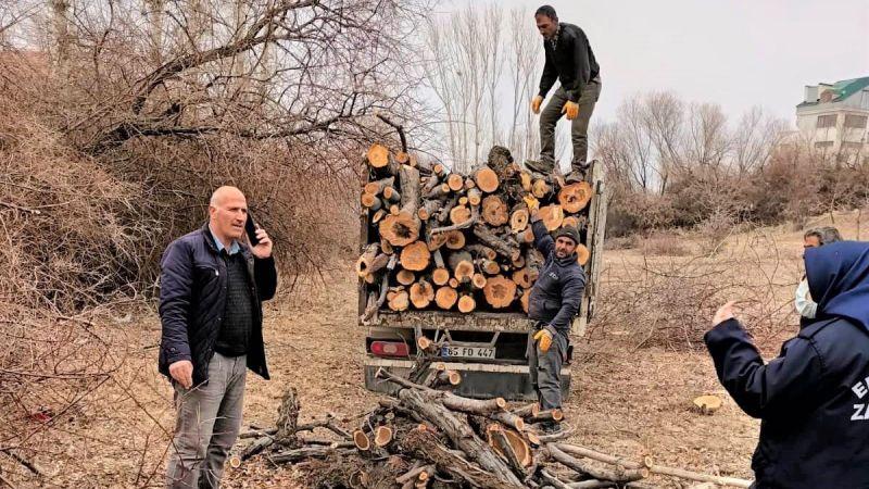 Van Edremit Belediyesi'nden izinsiz ağaç kesenlere ceza yağdı