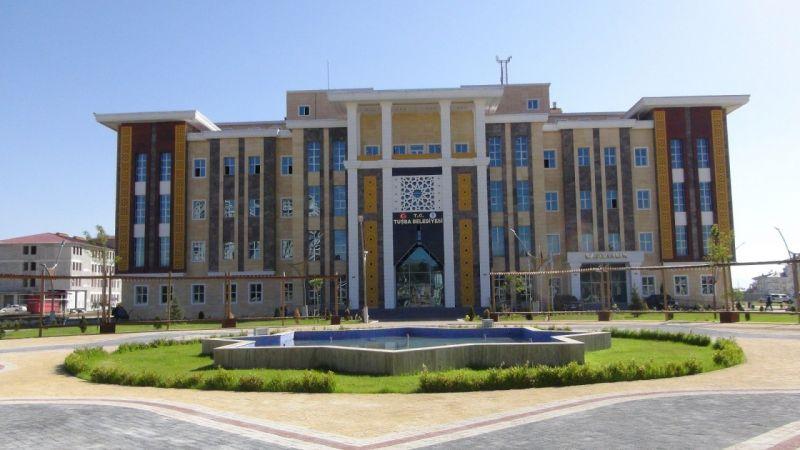 Tuşba Belediyesi 35 kişilik personel alımından vazgeçti