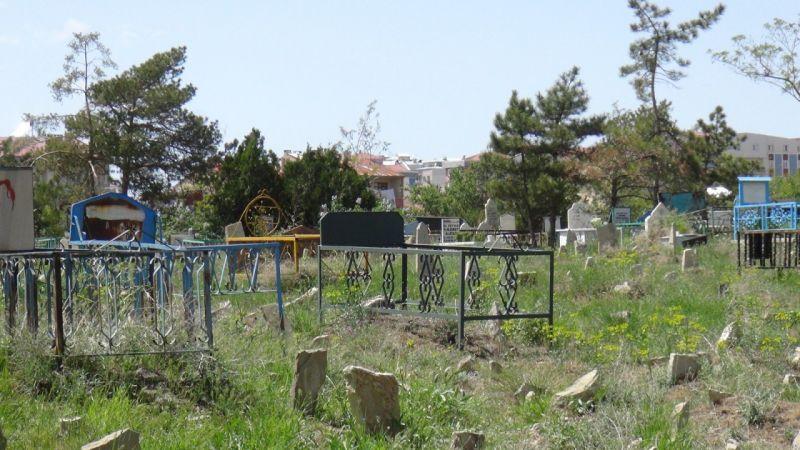 Van'da Ramazan bayramında mezarlıklar boş kaldı