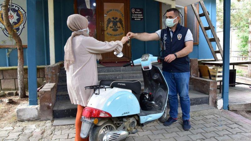 Bitlis'te çalınan motosiklet Muş'ta bulundu