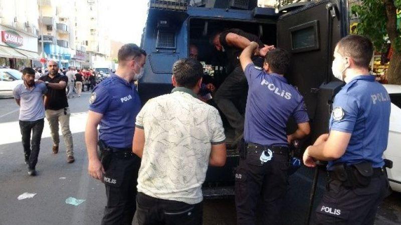 Diyarbakır'da adliye çıkışı taraflar birbirine girdi: 5 yaralı, 10 gözaltı