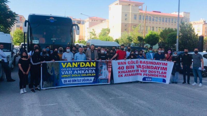 Van'da 60 bin öğretmen atama için Ankara'ya yola çıktı