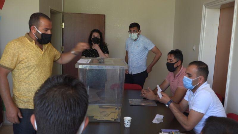 Van'da Erciş'te seçim heyecanı! Vatandaşlar yeni muhtarını belirleyecek