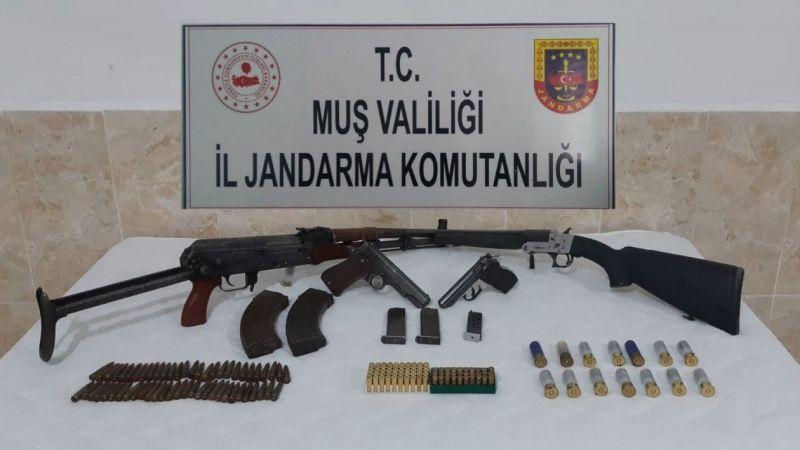 Muş'ta silah kaçakçılığı: 4 kişi gözaltına alındı