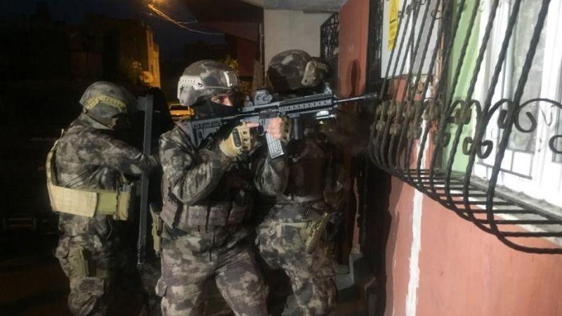 Van'da site sakinlerine çöken çeteye operasyon: 23 gözaltı