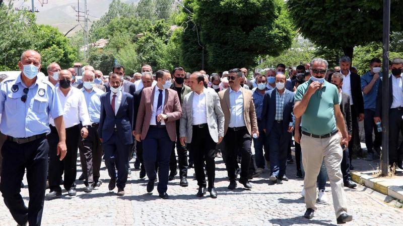 Sılehi aşireti lideri Atlı, Van'da 2 bin kişiyle bir araya geldi