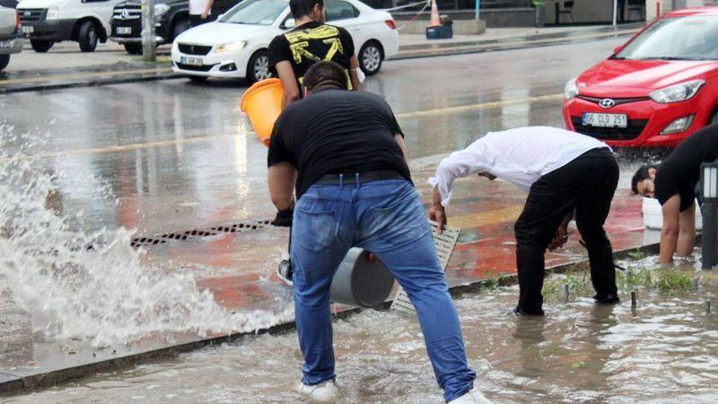 Ankara sağanak yağışa teslim oldu!