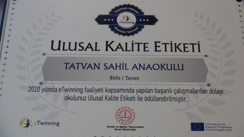Bitlis'te iki okul 'eTwinning Okulu Etiketi' başarıyla aldı