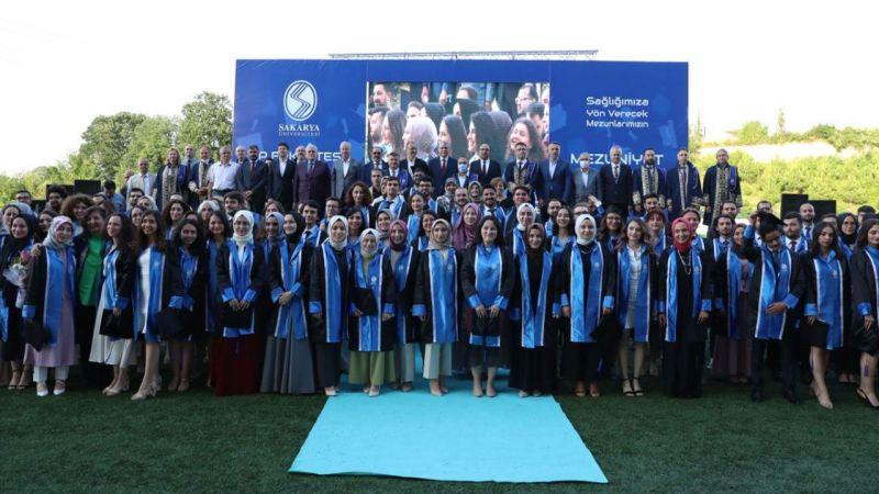 SAÜ Tıp ve Sağlık Bilimleri Fakültesi mezuniyet töreni gerçekleştirildi