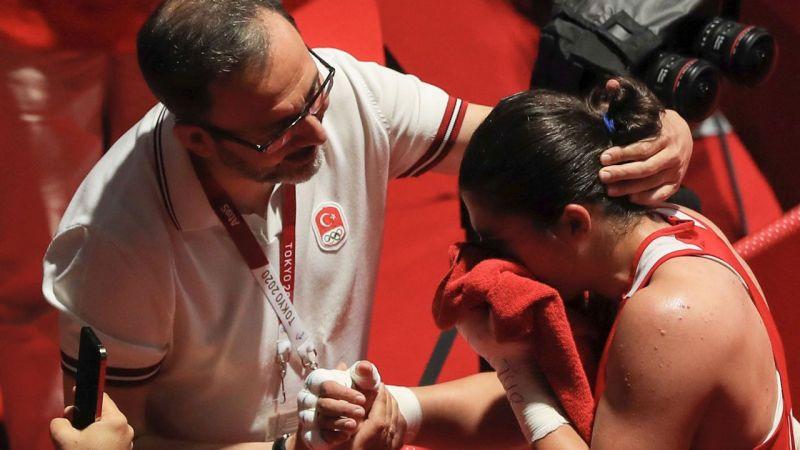Olimpiyat şampiyonu Busenaz: Çok mutluyum