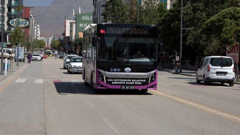 Van'da 21 yeni güzergaha ilk kez otobüs seferi verildi