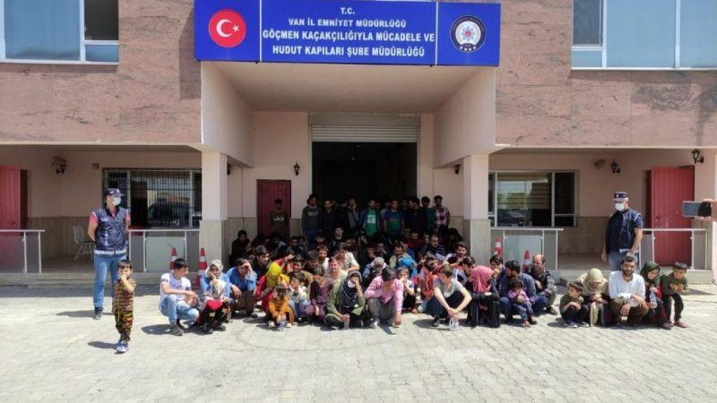 Van'da 2 ayrı dairede 115 düzensiz göçmen yakalandı