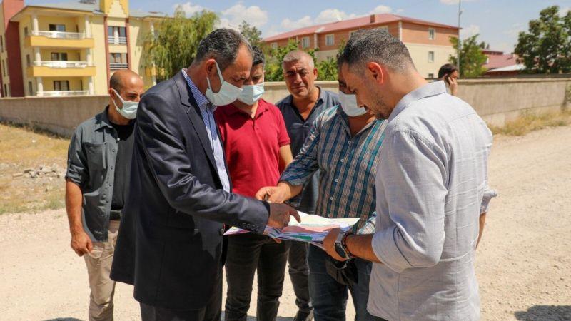 Gürpınar Belediye Başkanı Tanış'tan imar incelemesi