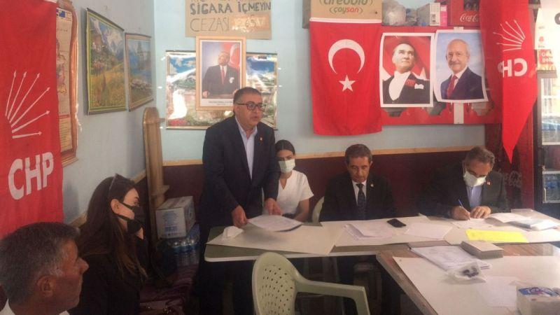 CHP Özalp İlçe Başkanı Burhan Sağlam oldu
