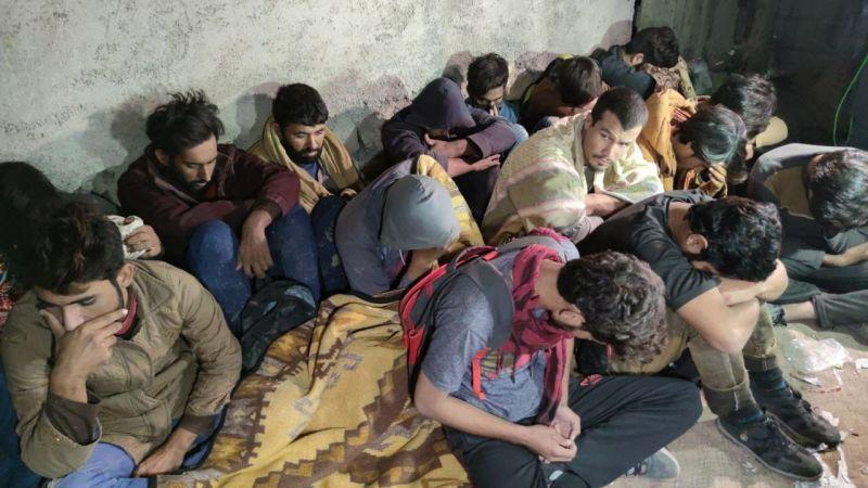Van'da 25 düzensiz göçmen ile 1 organizatör yakalandı