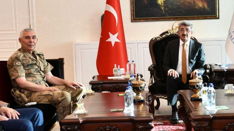 Van İl Jandarma Komutanı Tuğgeneral Bekmez'den Vali Bilmez'e ziyaret