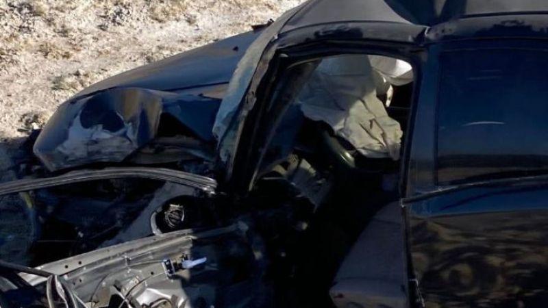 Van'da otomobil beton mikserine çarptı: 1 yaralı