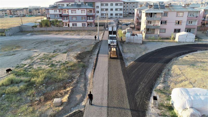 Tuşba'da trafiği rahatlatacak yol çalışması
