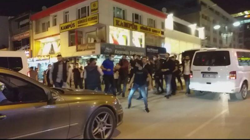 Van'da zabıta ekipleri ile seyyar satıcılar arasında sopalı kavga!
