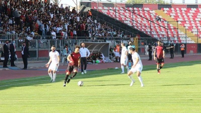Doğu derbisinin galibi Vanspor!  Vanspor 3 - Diyarbekirspor 1