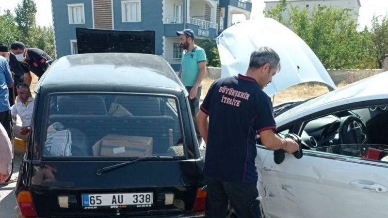 Van'da 2 ayrı trafik kazası, 7 kişi yaralandı